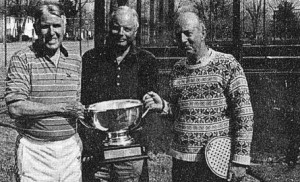 Jerry Manhold (left) and the Manhold Cup Trophy. Howard Sipe (center) and Chet Kermode